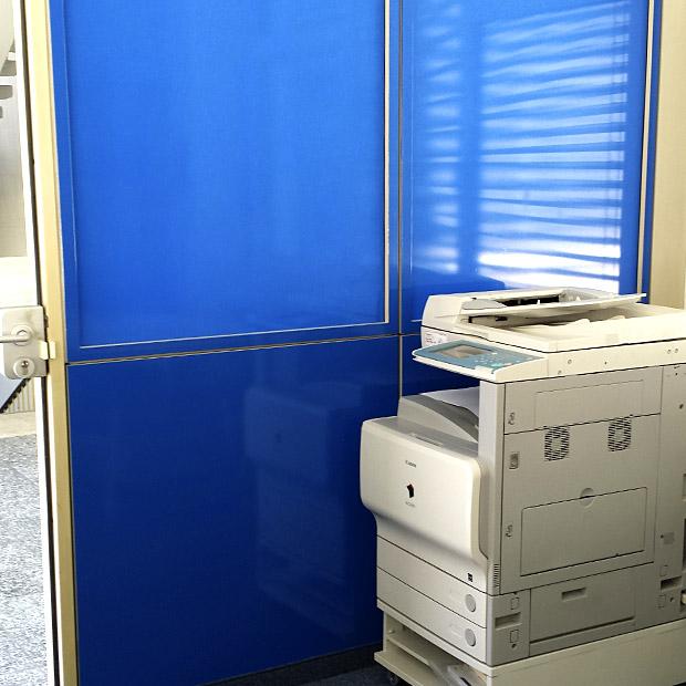 Sichtschutz Fenster in Blau