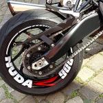Motorrad Nuda 900 Teilfolierung