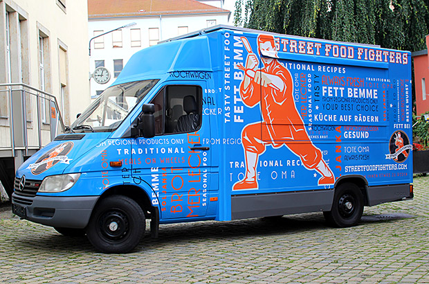 food truck mercedes autofolierung in dresden. Black Bedroom Furniture Sets. Home Design Ideas